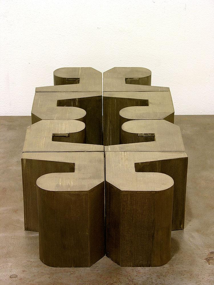 Carsten Sievers, ohne Titel, 2006, Graupappe, Mdf, Lack 8-Teilig 18,0 x 70,5 x 35,5 cm